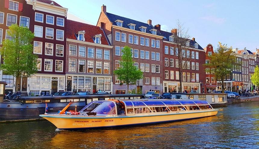 Chuyển phát nhanh DHL từ Hồ Chí Minh đi Hà Lan nhanh chóng, giá rẻ