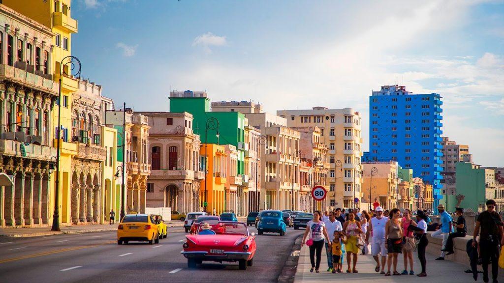 Dịch vụ chuyển phát nhanh DHL đi Cuba giá rẻ.