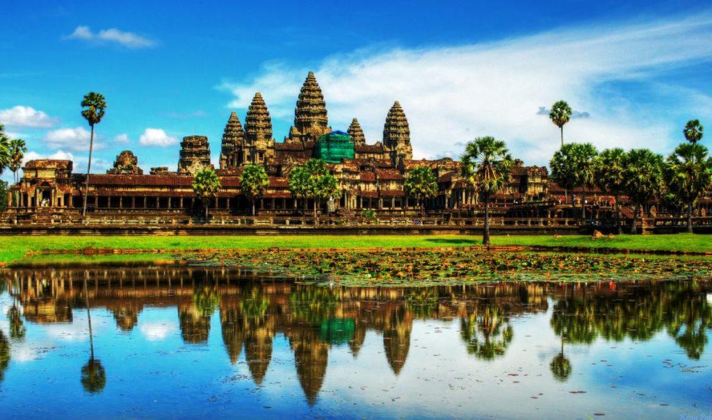 Dịch vụ chuyển phát nhanh DHL đi Lào giá rẻ.