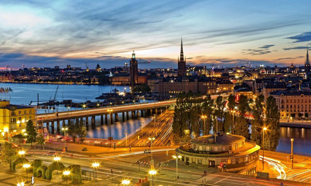 Dịch vụ chuyển phát nhanh Hà Nội đi Thụy Điển giá rẻ và an toàn