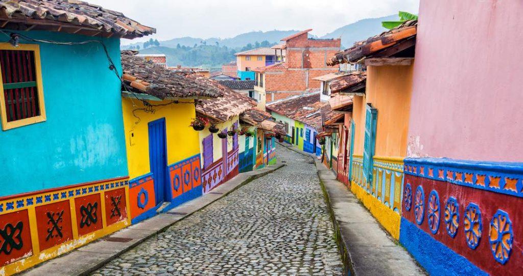 Chuyển phát nhanh đi Colombia